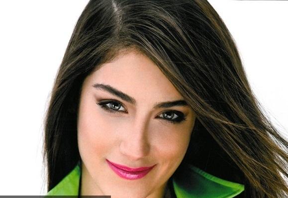 de1cf515c5eee ... تدعى ليديا مقصود تناقل صورها رواد مواقع التواصل الاجتماعي بعد أن أكدوا  لبعضهم أنها شبيهة النجمة التركية هازال كايا بطلة المسلسل التركي